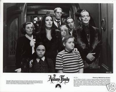 PHOTO C3256 Addams Family Raul Julia Christina Ricci