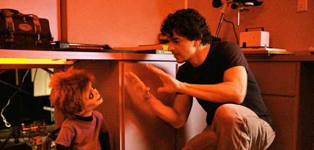 http://www.sandiegored.com/noticias/44208/Interview-with-Don-Mancini-the-creator-of-Chucky/