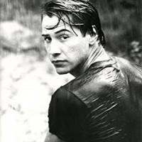 https://www.amazon.co.uk/Keanu-Reeves-Classic-Photo-Movie/dp/B00J3UGCZ0/ref=sr_1_44?ie=UTF8&qid=1488076324&sr=8-44&keywords=Keanu+Reeves