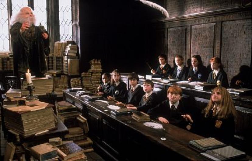ハリー・ポッターと賢者の石 授業風景