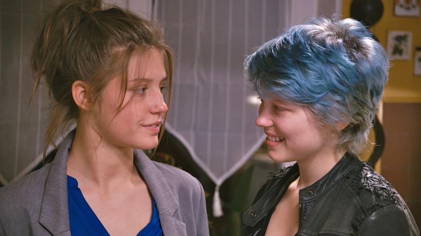 アデル、ブルーは熱い色