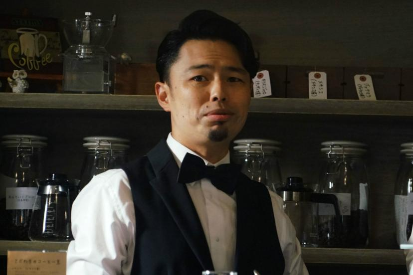 古間円児(浜野謙太)