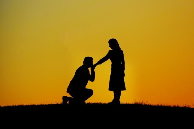 プロポーズ、カップル、告白、恋人、フリー素材
