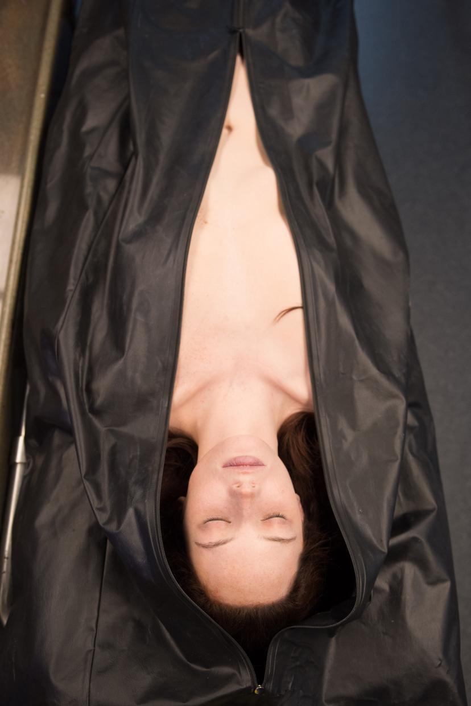 ジェーン・ドウの解剖