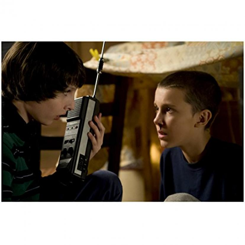Stranger Things (TV Series 2016 - ) 8 inch x10 inch Photo Finn Wolfhard on Walkie Talkie w/Millie Bobby Brown on Bottom Bunk kn