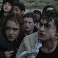 「死の秘宝」の19年後を描く『ハリー・ポッターと呪いの子』は映画化されるのか?