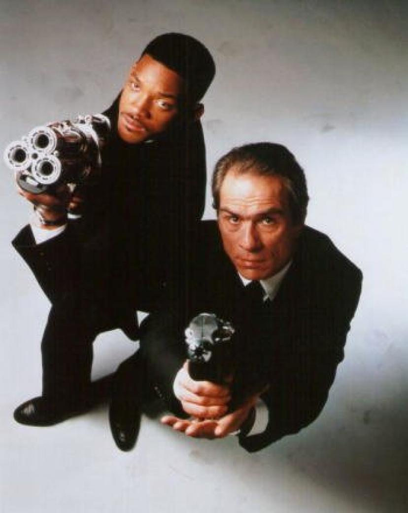 ブロマイド写真★『メン・イン・ブラック2』トミー・リー・ジョーンズ&ウィル・スミス/銃を構える