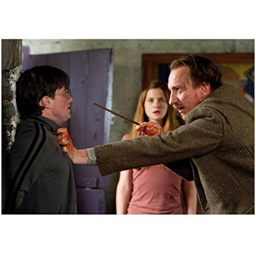 Harry Potter Photo 8 inch x 10 inch PHOTOGRAPH David Thewlis Threatening Daniel Radcliffe w/Wand in Face kn