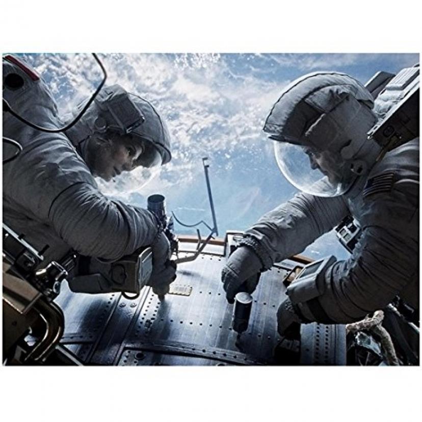 George Clooney 8 X 10 Photo Gravity Astronauts Working with Sandra Bullock kn[サンドラブロック][サンドラ・ブロック][ジョージ・クルーニー][ジョージクルーニー]