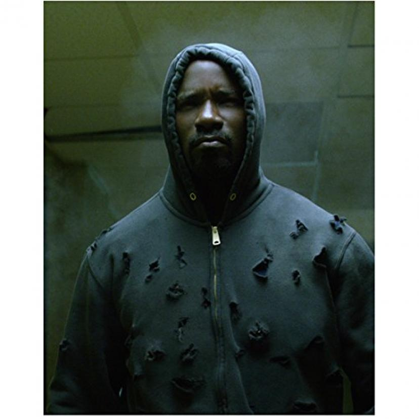 Mike Colter 8 Inch x 10 Inch PHOTOGRAPH Luke Cage (TV Series 2016 - ) Hood Up Bullet Holes Everywhere kn[マイクコルター][マイク・コルター]