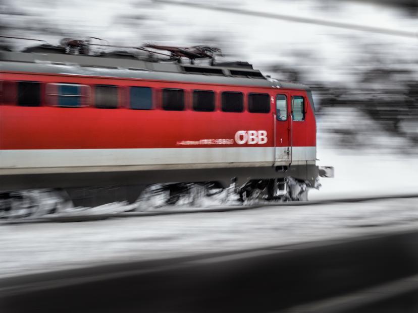 電車 フリー画像