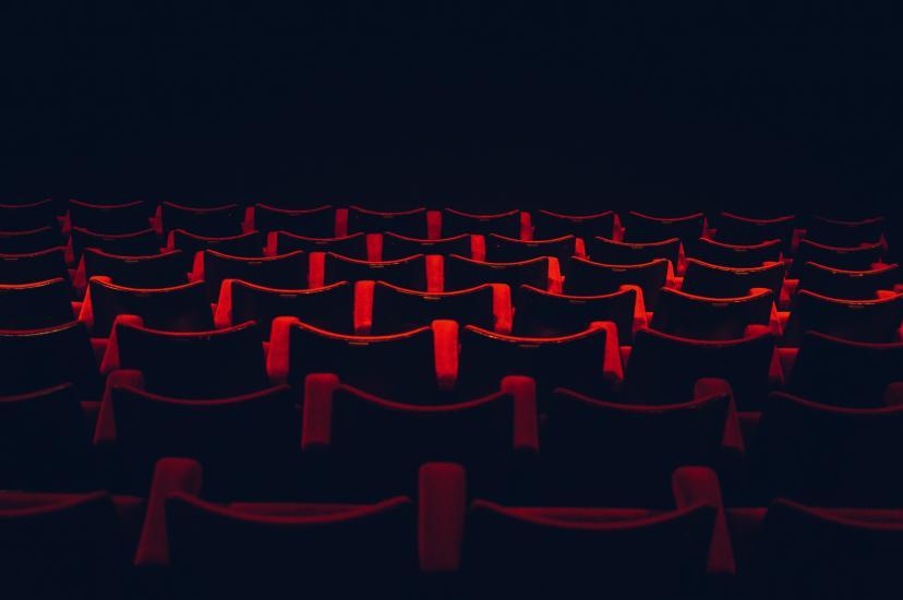 映画館 客席 フリー画像