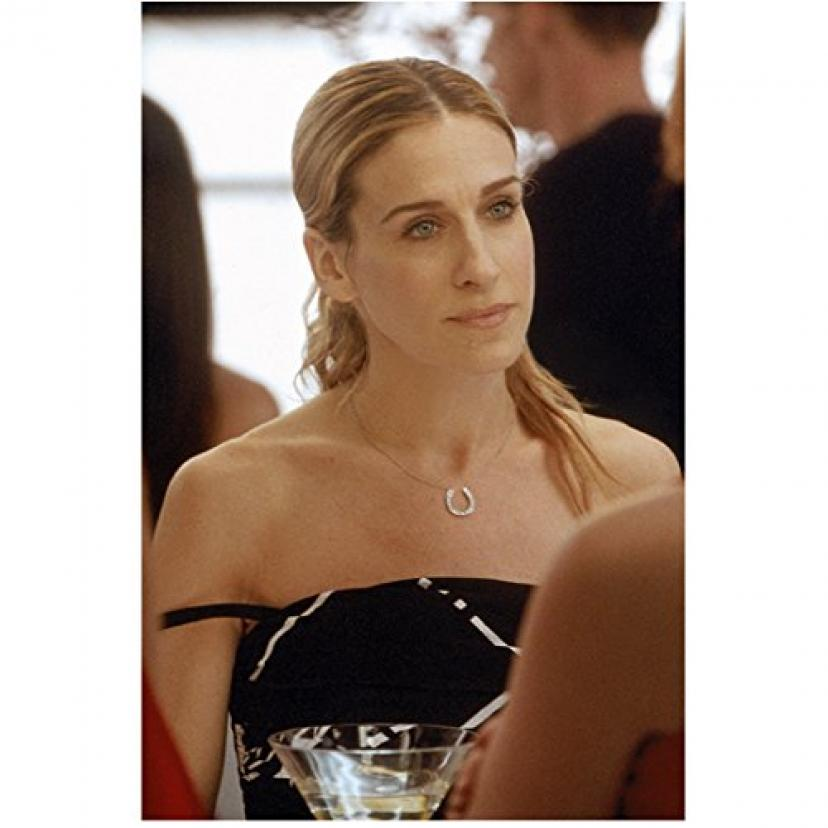 Sex and the City 8x10 Photo Sarah Jessica Parker Seated Black & White Dress Straps Off Shoulders kn[サラ・ジェシカ・パーカー]