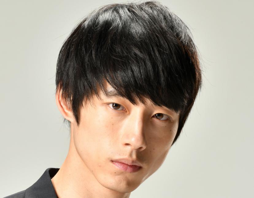 坂口健太郎(シグナル/プレス)