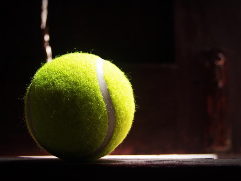 テニスボール フリー画像