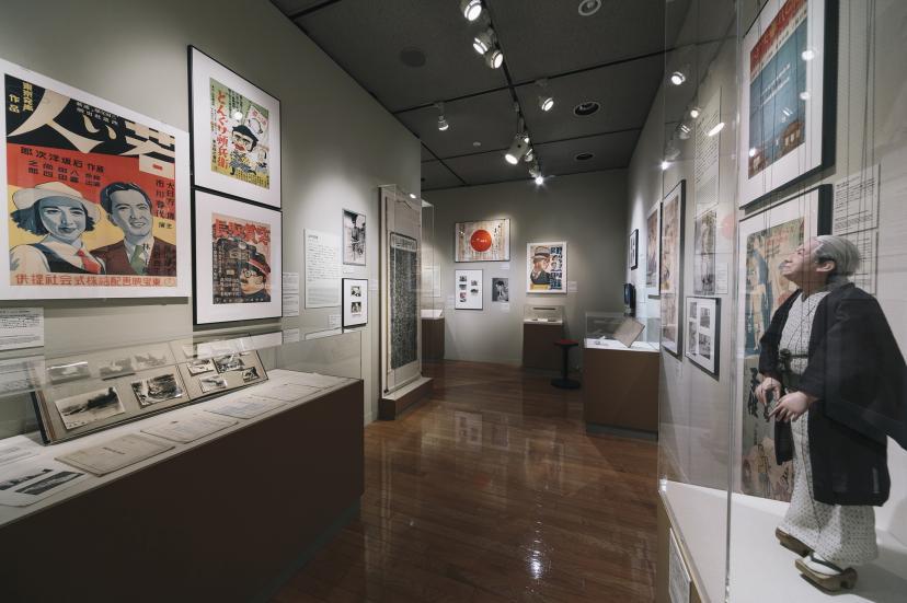 本館/常設展 「NFAJ コレクションでみる 日本映画の歴史」 会場の風景
