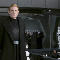 ハックス将軍を徹底紹介 どこか憎めないエリート司令官に迫る【スター・ウォーズ】