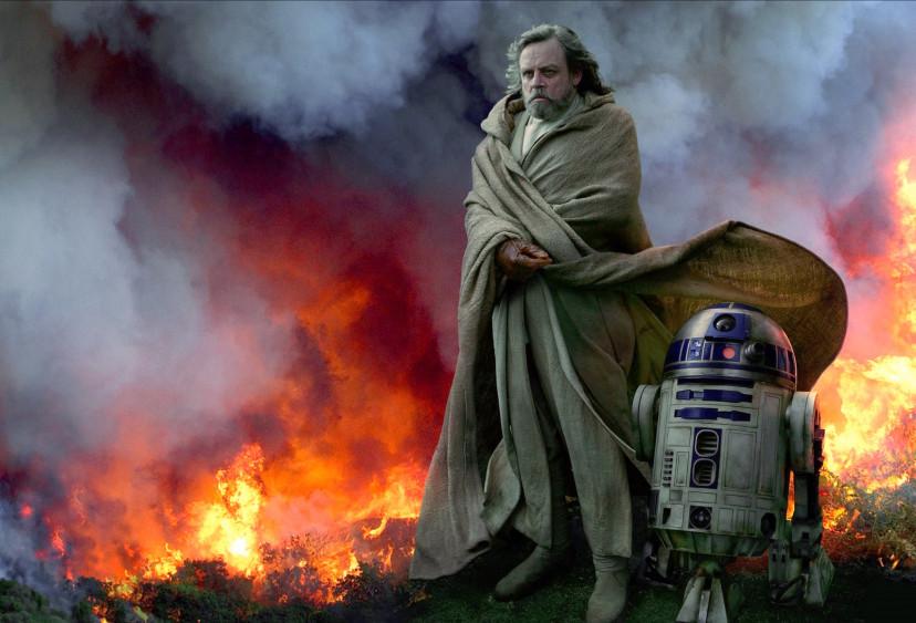 『スター・ウォーズ/スカイウォーカーの夜明け』マーク・ハミル、R2-D2