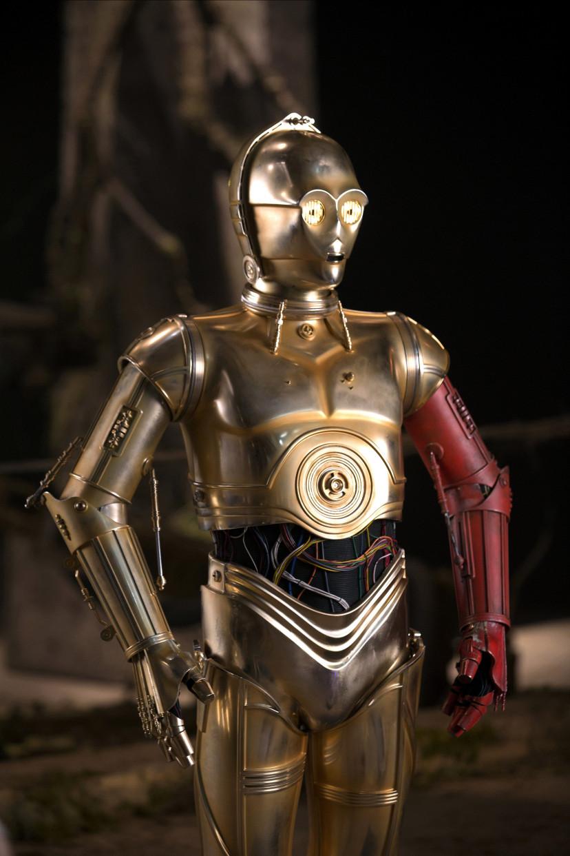 『スター・ウォーズ/フォースの覚醒』アンソニー・ダニエルズ(C-3PO)