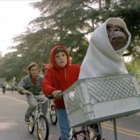 映画『E.T.』のフル動画を配信中のサービスはどこ?【吹き替え版をNetflixで無料視聴できる?】