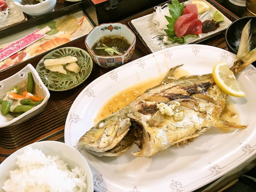 フリー素材、魚 米 ご飯 料理 和食 定食