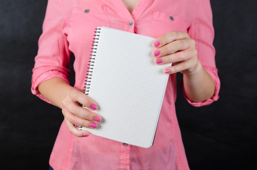 女性、ピンク、ノート、紙、フリー画像